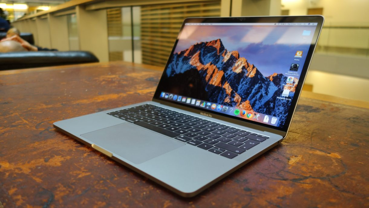 Read Reviews MacBook